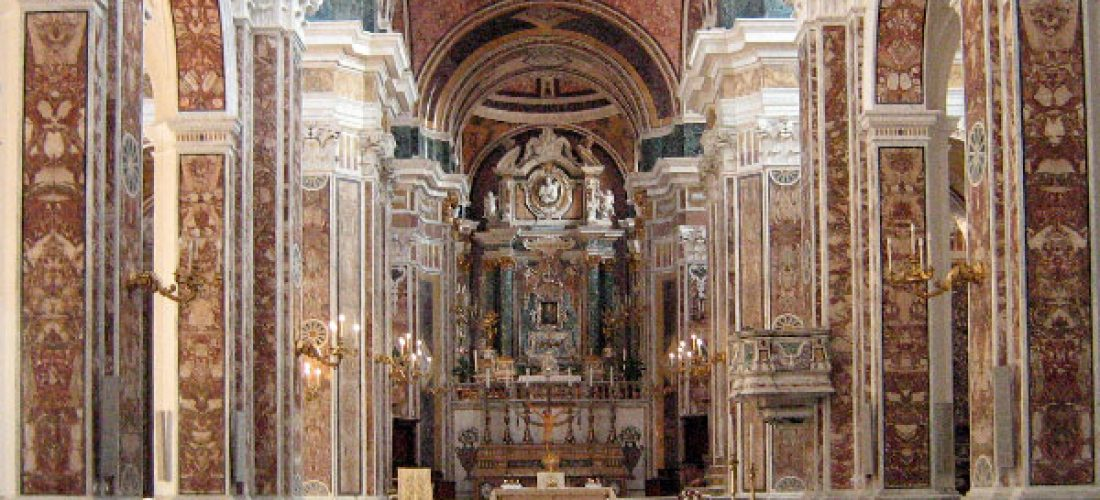 Churches and museums open in Puglia